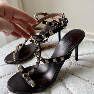 Valentino Garavani Black Rockstud Sandals